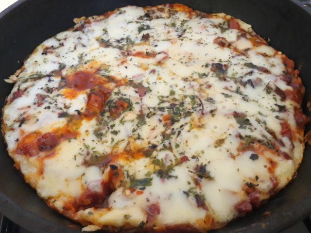 Домашняя пицца на сковороде за 15 минут
