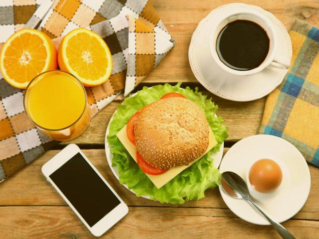 Лучшие приложения для подсчета калорий на телефон