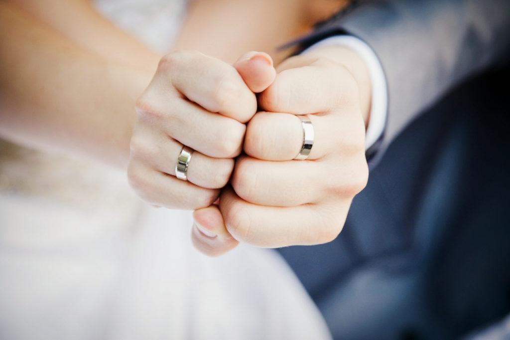 Лучшие сувениры жениху и невесте