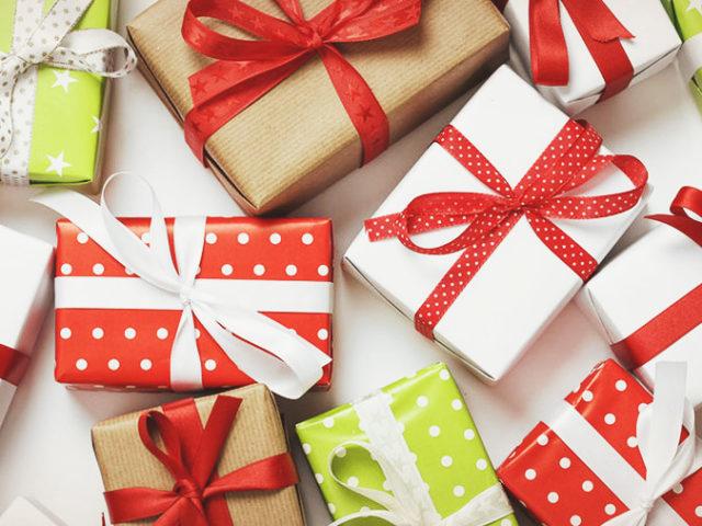 Какой сувенир подарить: ТОП 30 + еще 35 идей