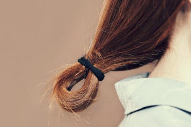 Почему секутся кончики волос и что с этим делать