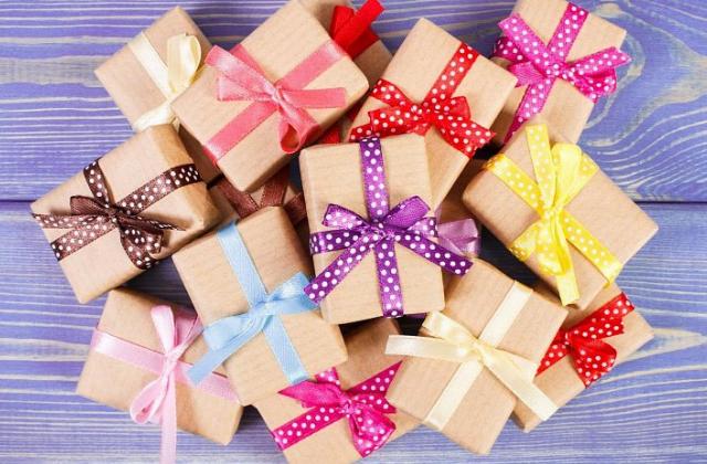 Праздники и подарки