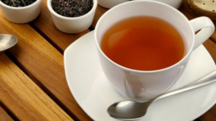 Пьем чай летом: «теплое» спасение от жары