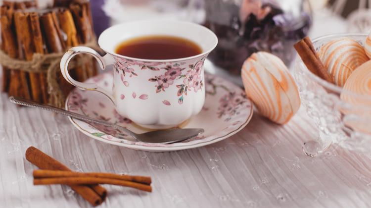 Пьем чай летом